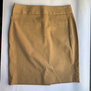 Camel skirt EUC 4 Banana Republic